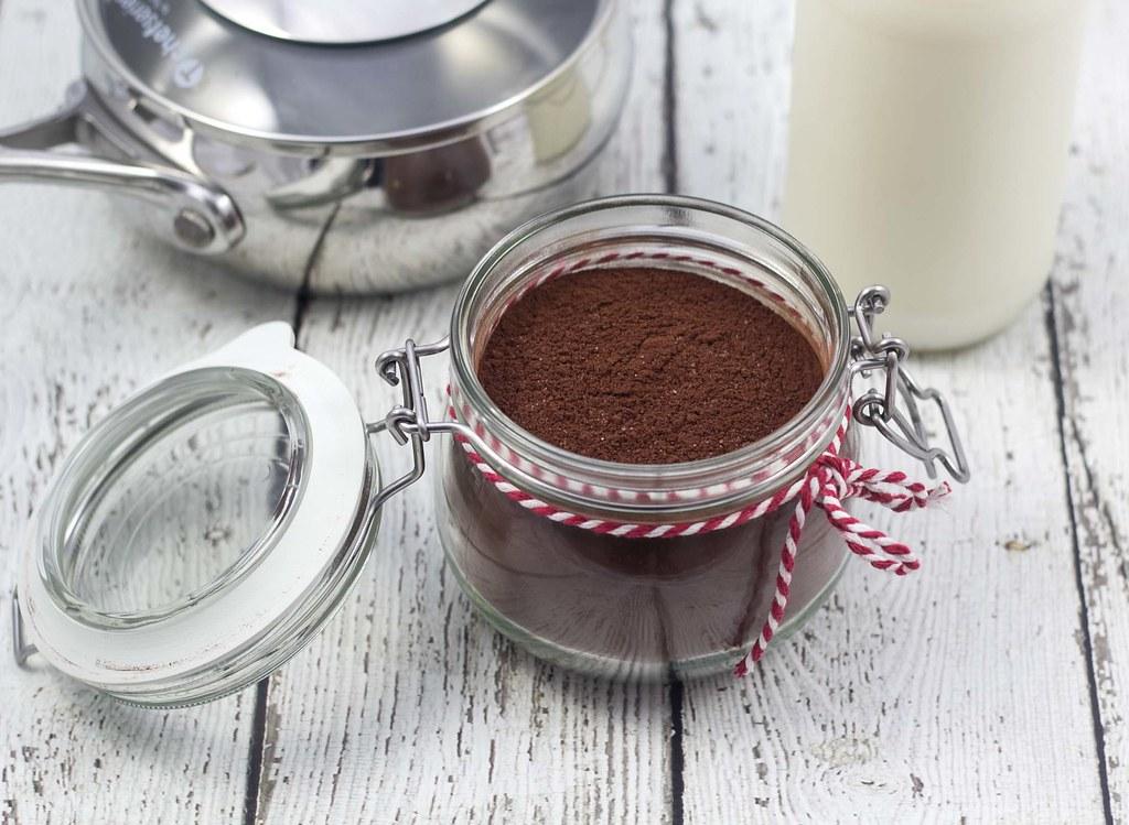 opskrift på Hjemmelavet kakaopulver til varm kakao