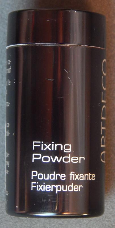 Testei: Fixing Powder Artdeco, que deixa a maquiagem à prova d'água