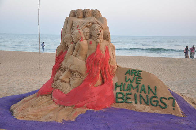 Indian Sand artist pays tribute to Pakistan Army School victims through sand sculpture at Odisha beach