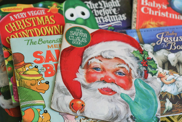 Christmas books abound! | yourwishcake.com