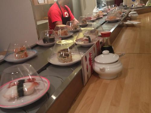 IMG_1084b_habibi sushi conveyor belt