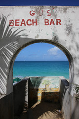 Gus' Beach Bar