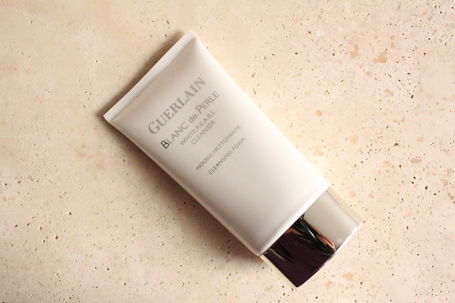 Guerlain Blanc de PERLE cleanser review
