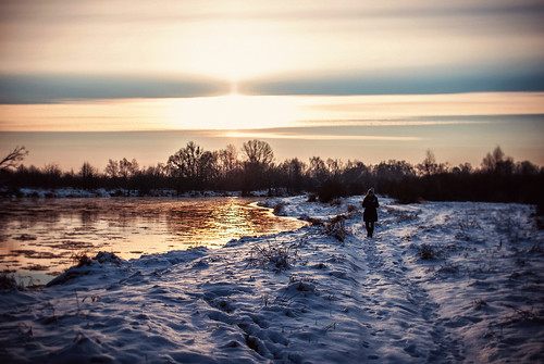 morning trees winter woman sun snow cold water field lady clouds sunrise 35mm river dawn snowy freezing poland polska sunny east belarus relfections wintery wlodawa bugriver nikond80 easternpoland ewitsoe erikwitsoe