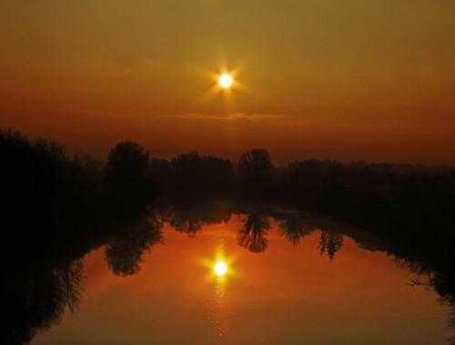 sun reflection mirror pond fiume double explore sole acqua oro riflesso stagno explored