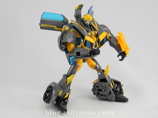 Transformers Shadow Strike Bumblebee Deluxe - Transformers Prime RID - modo robot