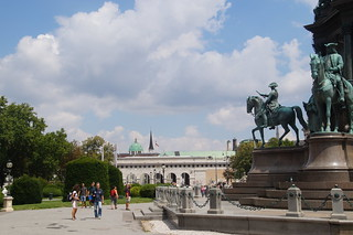 048 Maria Theresienplatz