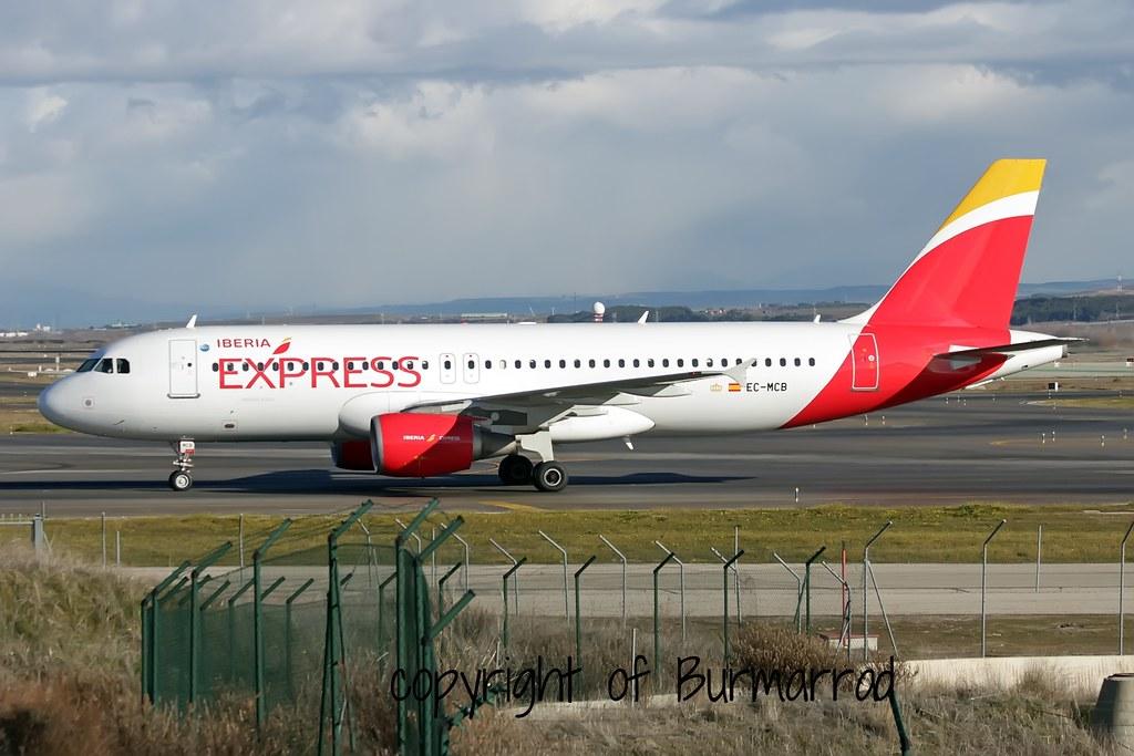 EC-MCB - A320 - Iberia Express