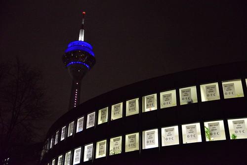 Wir alle sind NRW! Aktion am Landtag gegen DÜGIDA