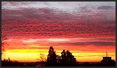 Lever du jour de ce matin sur Alès, le ciel se colore