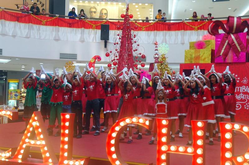 Dataran Pahlwan Melaka Megamall  - whimsical Christmas 2014