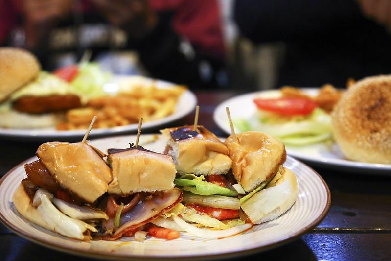 【台北信義區 早午餐】網路推薦的早午餐店,台北醫學大學附近的平價美食「找餐2店」。