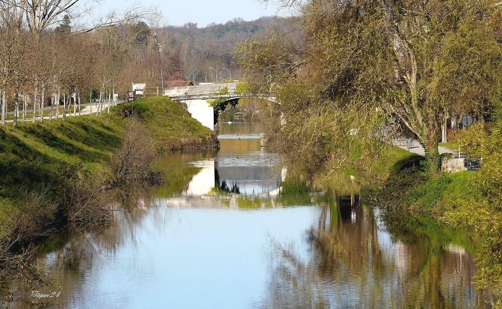 Vers lepontdu canal 15954177590_ee23a3e567_b