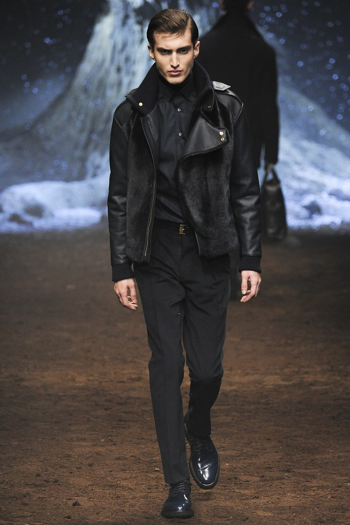 FW15 Milan Corneliani007_Charlie France(VOGUE)