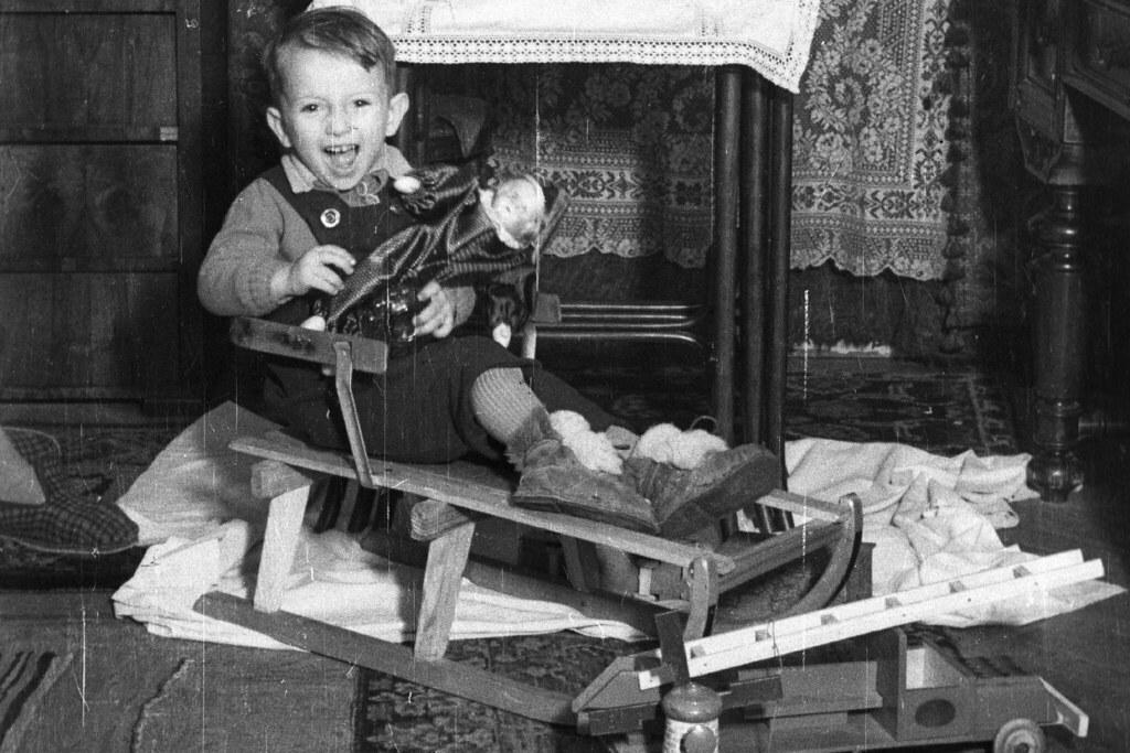 1953.