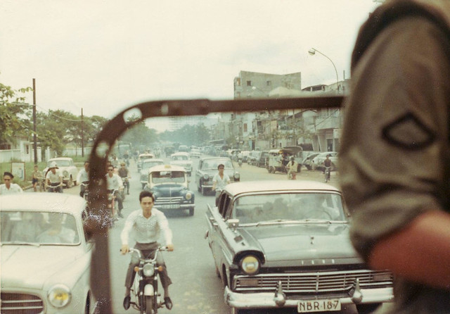 Saigon 1968 - Đường Trần Quốc Toản. Photo by William Baker