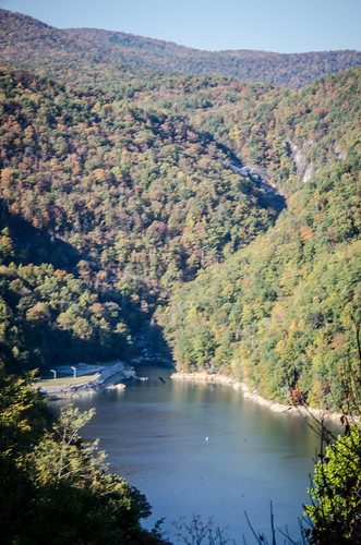 Lake Jocassee from Bad Creek Overlook-001