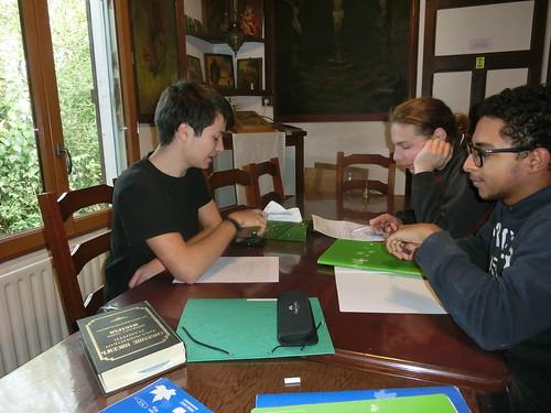 2014-10-30 15.53.04 jeunes devoirs