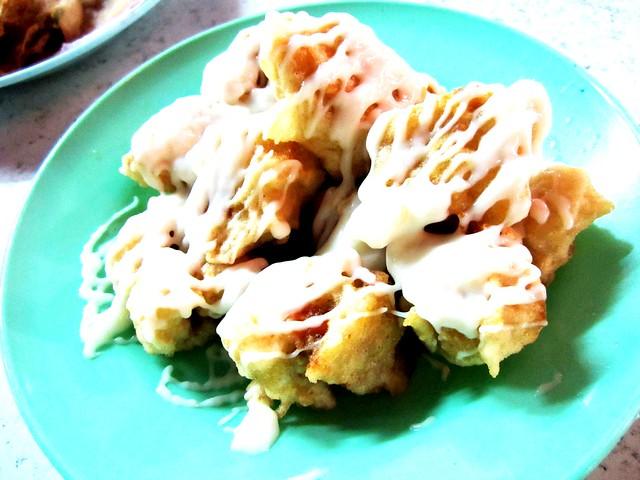 Taman Muhibah salad chicken roll