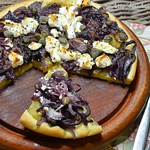 ©Yellow beet, goat's cheese and caper pizza from Diana Henry (1)