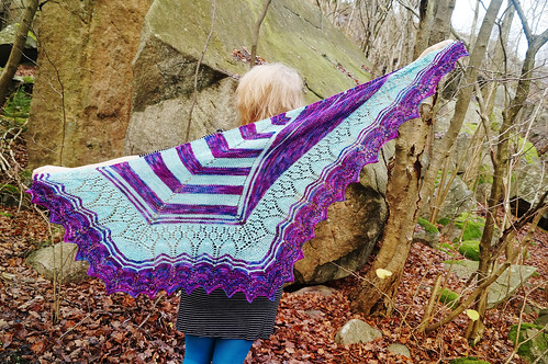 Follow your arrow mystery shawl