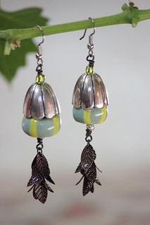 Green striped porcelain and mixed metal flower pod earring set E-0198