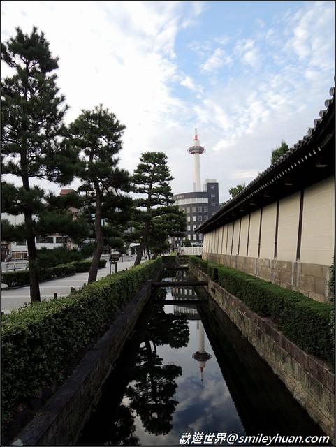東本願寺。護城河及京都塔