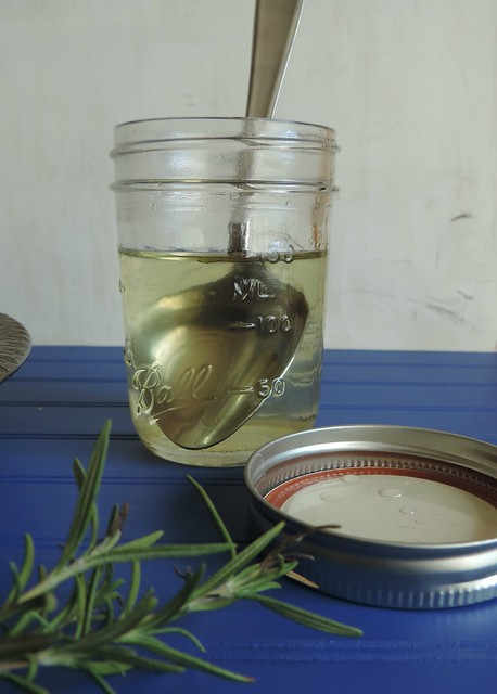 Rosemary Peach Sparkling Cocktail for #BloggerClue! - A Mama, Baby ...