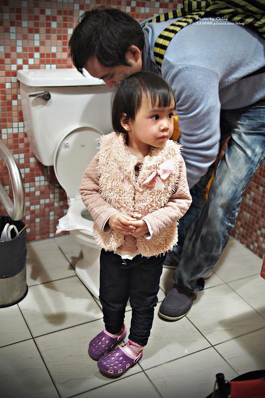 P1140105豐原-太平洋百貨-親子廁所