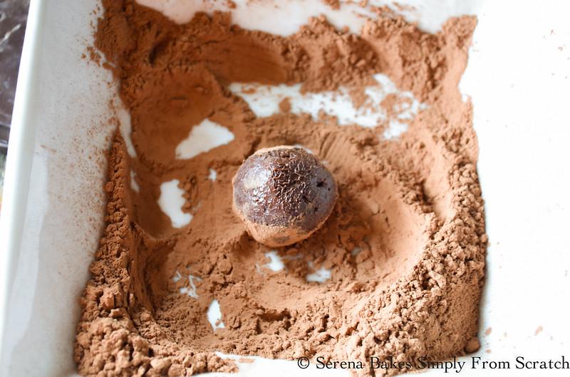 Chocolate-Rum-Truffles-Cocoa-Powder-Powdered-Sugar.jpg