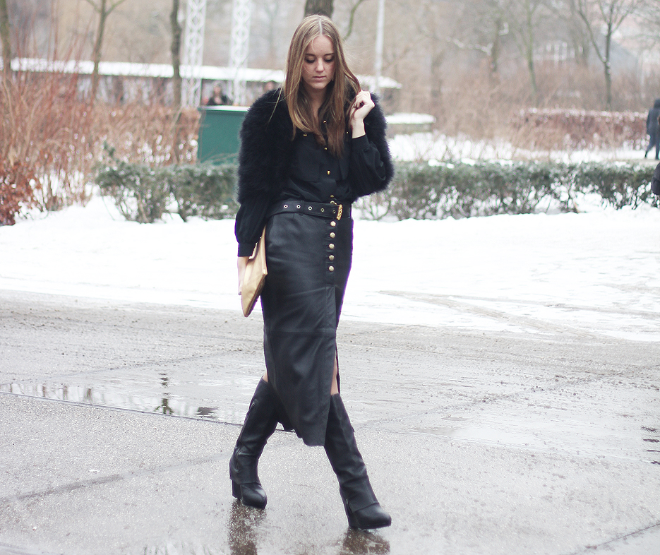 POSE-leather-weather-6
