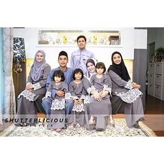 Raya Family Portrait 2016 #love #siblinglove #siblings #moment #best #family #familytime #familyphoto #familyportrait #raya2016 #awesome #love