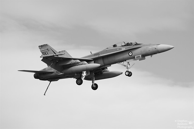 IMG_1783 - RAAF F/A18B A21-109