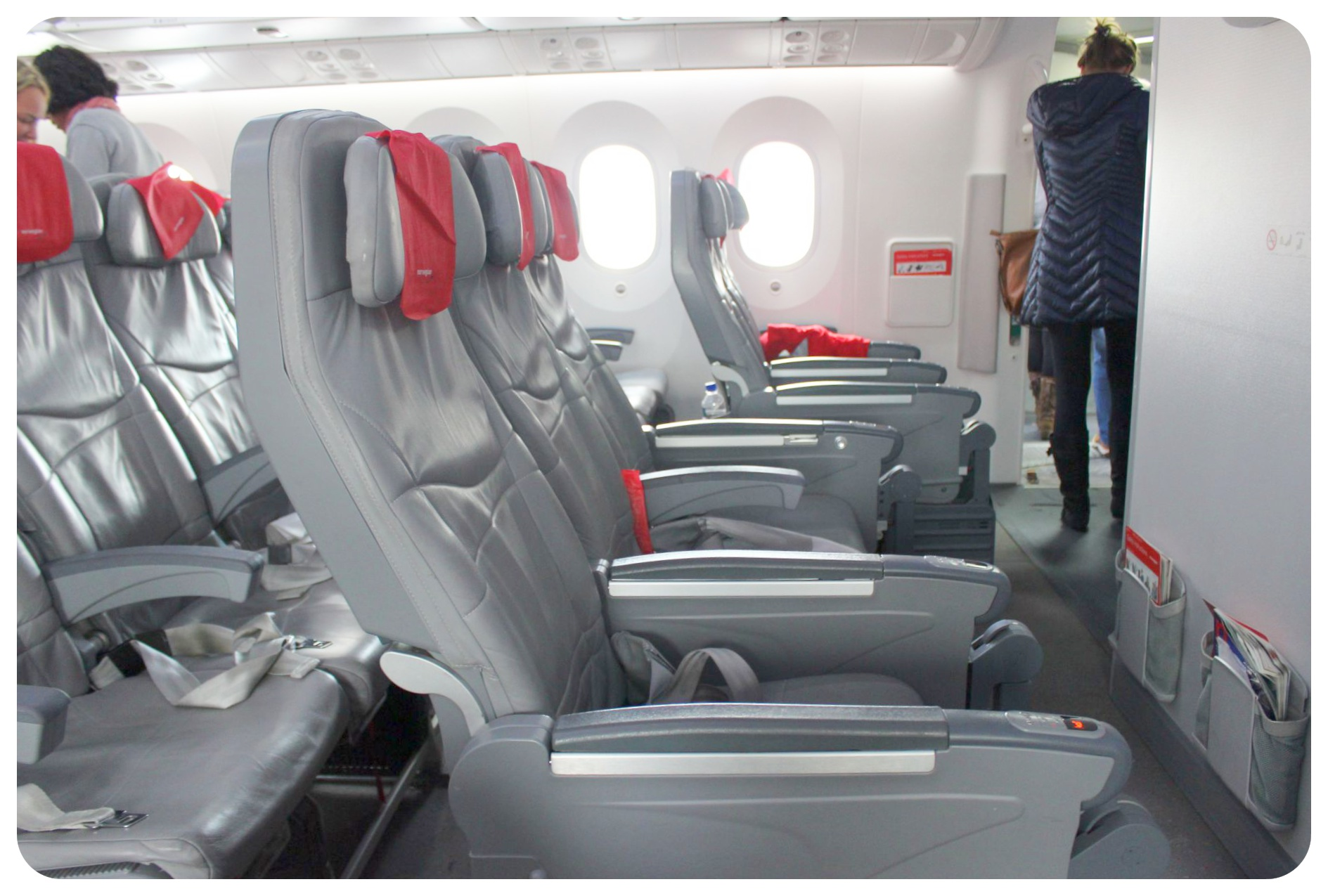 norwegian air economy leg room