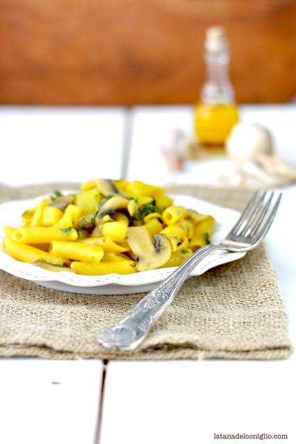 pasta risottata patate funghi zafferano3