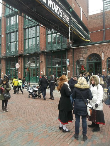 Scenes from the Toronto Christmas Market, Distillery District (6)