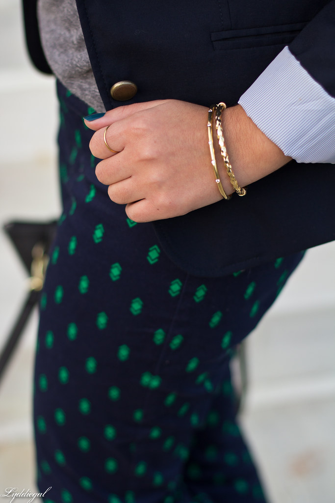 printed pants, navy blazer, grey top-6.jpg