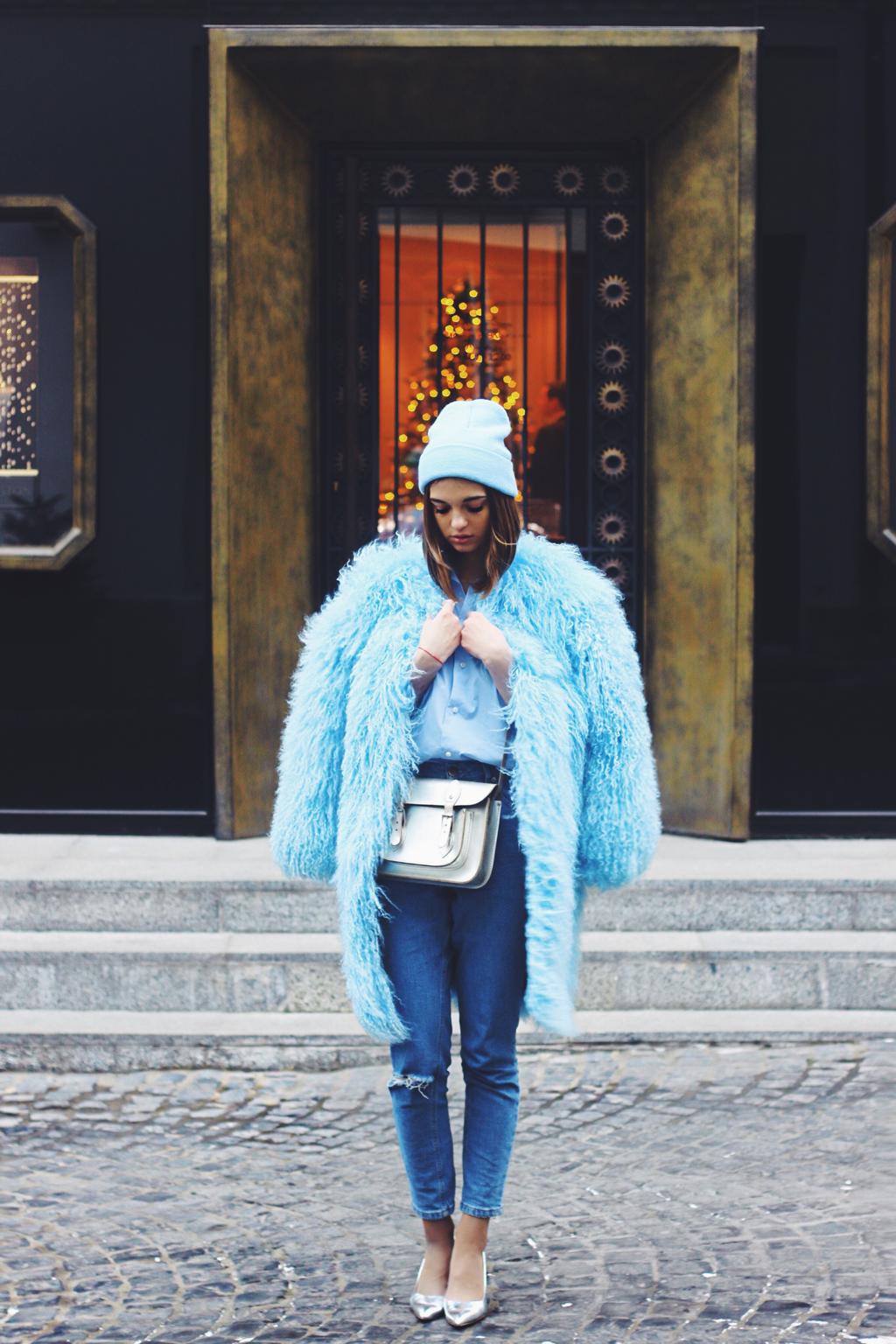 Luda Nikishina coat