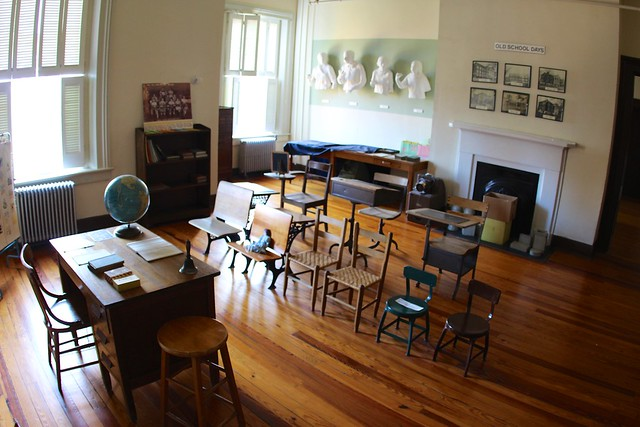 KSD's classroom in middle of 20th century