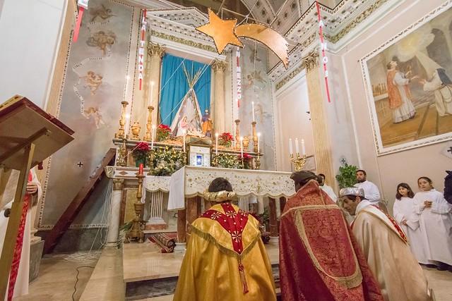 I magi depositano i doni all'altare, Caltabellotta, Sicilia.
