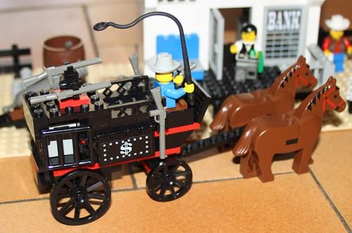 6765_Lego_Western_Main_Street_20