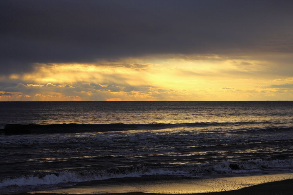 九十九里浜の朝焼け