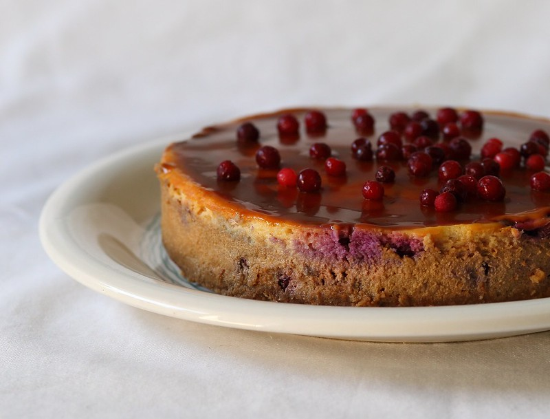 Caramel lingonberry cheesecake