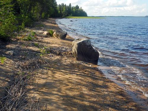 summer lake finland landscape geotagged july shore fin kn kajaani 2014 kainuu oulujärvi 201407 rauhanniemi 20140729 geo:lat=6420848730 geo:lon=2700267792