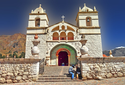 peru colca valley arequipa province iglesia santa ana maca ρeru solo travel bilwander