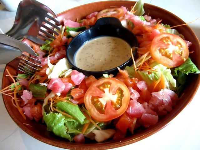 Zen, sashimi salad