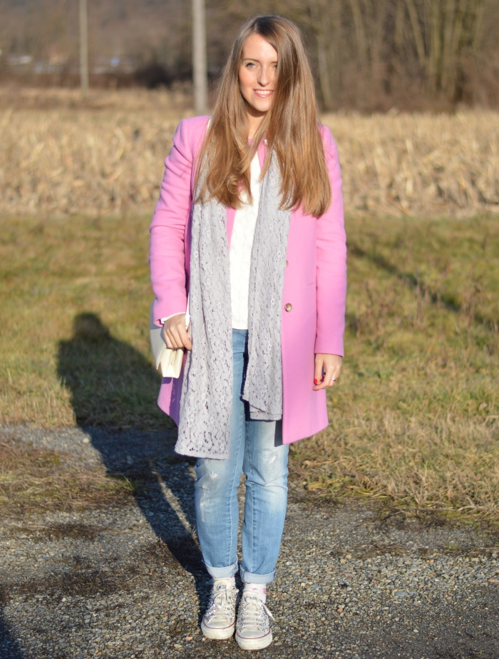 converse diy, jeans, cappotto rosa, calze farfalle, wildflower girl, fashion blog, Sisley, Benetton (1)