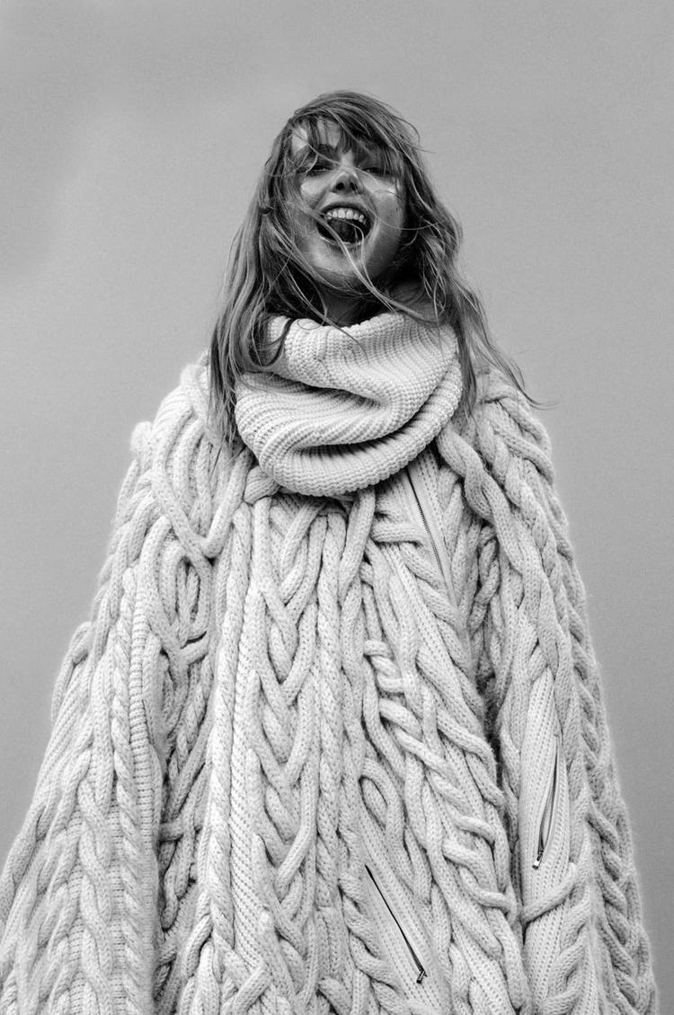 Frida-Gustavsson-By-Stefan-Heinrichs-For-Glamour-France-October-2014-16
