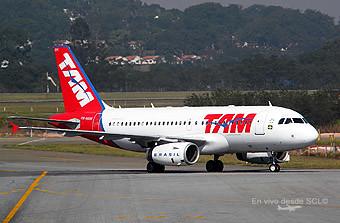 TAM A319 (E.Moura)