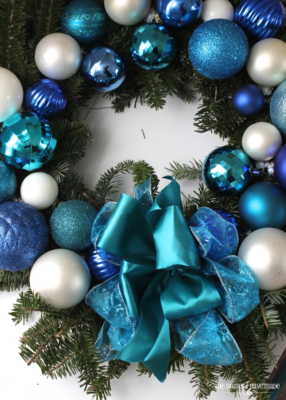 15-Minute Ornament Wreath-006